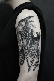 26.19 raven tattoo David tejero